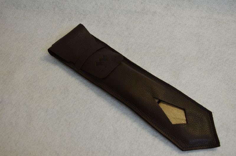 Usnjena-embalaza-za-lesene-kravate